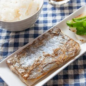 太刀魚の塩焼きは身に厚みのあるものが美味しい