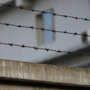 【第221話】刑場跡地の無念・怨念は未だに健在なのか・・・忌み地跡に建てられた刑務所にはヤバい地縛霊が住み着いている!?そんな刑務所で刑期を終えた元犯罪者は再犯率や悪質化が異様に高い