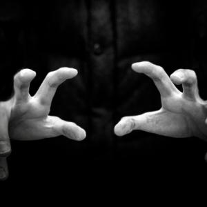 【第113話】絞殺と自殺が続いたヤバイ訳アリ物件に2日だけ住んだ!そのいわくつき物件の土地は元墓地だとか・・・やはり元墓地は人を不幸に導くのか