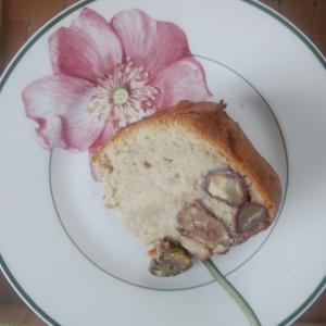 無農薬の栗で作った渋皮煮とマロンピューレで、栗のパウンドケーキを焼きました♬ めちゃ美味笑