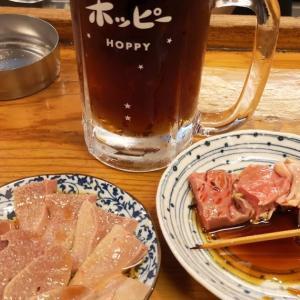 紛失した携帯が見つかった成田で祝杯はしご酒① #もつ焼き 「 #寅屋JR店 」で旨いボイルともつ焼きを #ホッピー 、 #天羽ハイボール 、 #梅割り で流し込む