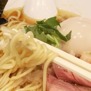 平日の訪問は初めて。地元でお気に入りの勝田台「中華ソバ 篤々」で定番の煮干しソバに煮玉子トッピング