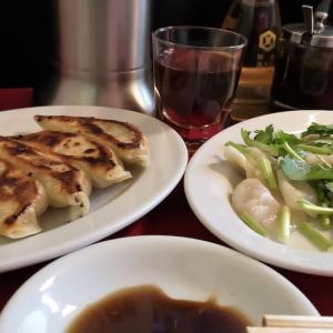 #立石 新春 #はしご酒 の二軒目は #餃子 の店「 #蘭州 」。 #水餃子 と #焼餃子 を #紹興酒 で流し込む #センベロ の一杯