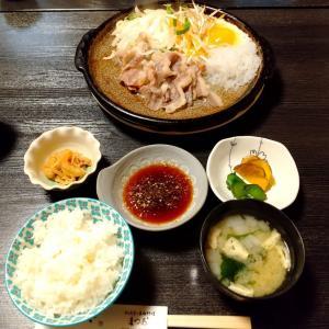 秋田県北秋田市 レストランまつおの馬肉陶板焼きセット