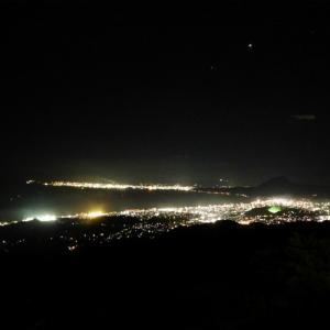 別府市十文字原の夜景・彗星を観測しに行く