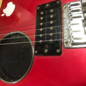 弾けないギターを弾いてみる