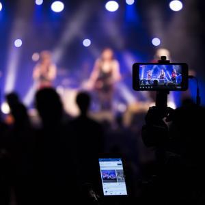 【LINE LIVE(ラインライブ)配信でYouTuber事務所UUUMが協力】動画で稼ぐためにはライブ動画配信も必要な時代へ