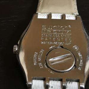 スウォッチの電池交換がタダだった件と時計の電池交換方法も