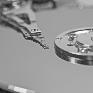 不良セクタのあるハードディスクをより小容量のSSDに移行した件