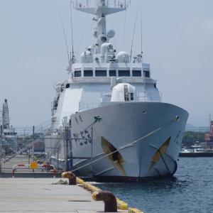 海上自衛隊の前には海上保安庁