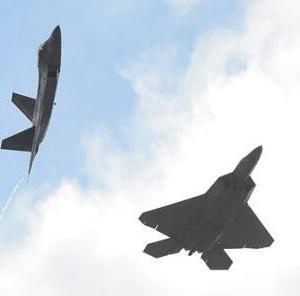 【てんさいかんこくじん】F-22戦闘機の機密情報スパイで起訴される韓国人