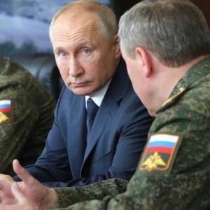 【恐ロシア】ウクライナ国境沿いにロシア軍15万人が集結