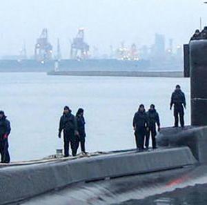インドネシアの潜水艦の引き揚げ断念