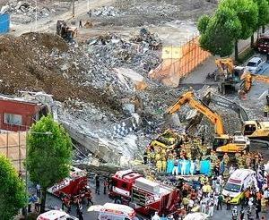 韓国で建物崩壊、そして市バスが犠牲に