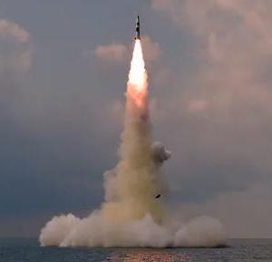 北朝鮮が新型SLBM発射したとの報道