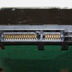HDDの差し込み口が欠けた時に復旧するには?