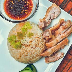 実質作業3分!炊飯器で作る超簡単タイ風カオマンガイ時短レシピ