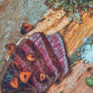 ギフトで貰った高級ステーキ肉はどう調理する?簡単レシピを紹介