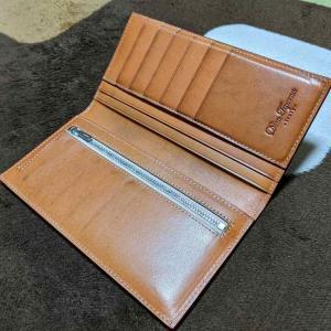 革財布のエイジング/経年変化を年単位でまとめてみる(Dom Teporna製 長財布)