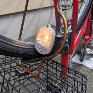 自転車用ダイナモ式ライトの電球/豆電球の交換手順(Panasonic製 6V-2.4WGE/2Bを使用)