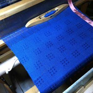ラムウールのブルー、刺激を受けて一気に70cmで110cm中なり―、懐かしいリジットの作品