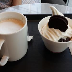 久しぶりにカフェへ