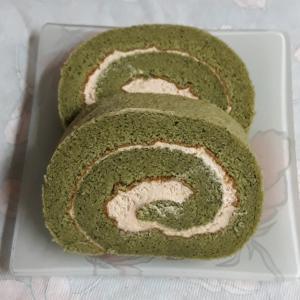 巨文島のロールケーキ