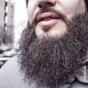 日本でヒゲはOK!?街頭インタビューしてみた結果wwwwwww →「ヒゲは好きじゃない」「剃ることを強要するのは違法であるべき」海外の反応