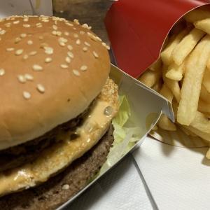 アメリカ VS 日本~マクドナルドの比較~「日本のメニューはとても素晴らしい」「アメリカのマクドナルドは最悪のタイプ」海外の反応