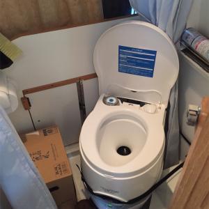 車載用トイレの消臭剤の話・・・( ̄∇ ̄)