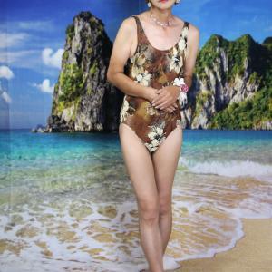 自宅で一人遊び(391) 21年8月(1) 水着も楽しむ海辺のひととき