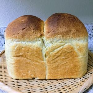 パン焼きとキッチンガーデンと