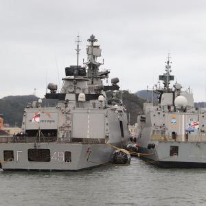10/14 インド海軍「サヒャドリ」と「キルタン」、横須賀船越地区