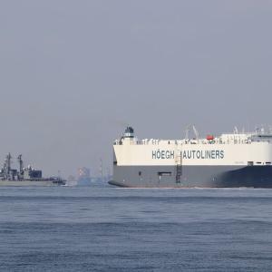 自動車専用船 HOEGH OSAKA