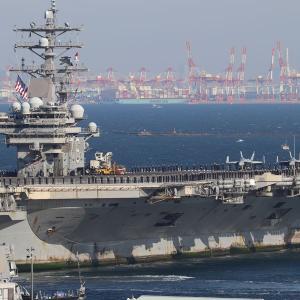 米空母「ロナルド・レーガン」、横須賀帰港