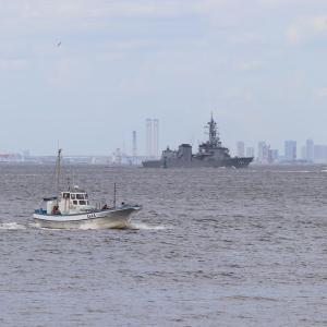 護衛艦「むらさめ」、浦賀水道南下