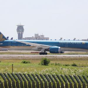 6月その3②(ベトナム航空のB787-9×2)