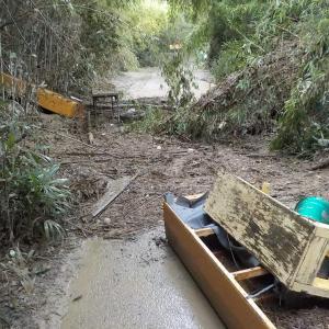 10月14日台風後の丸堀壊滅状態