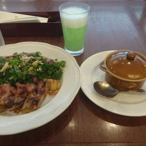 DAY7✨二日目✨ロイヤルホストアンガスサーロインステーキ&オニオングラタンスープ 食べてみたw