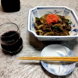 229 牛モモ肉の牛丼風炒め