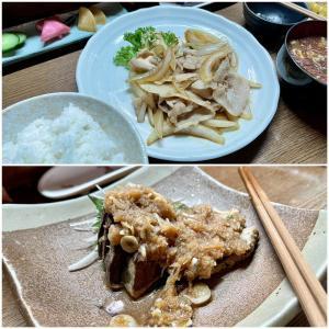 豚バラ焼きと鰹のタタキで夕ご飯(ひさびさの「味の蔵 どんつく」)