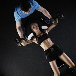 バイラテラルトレーニングとユニラテラルトレーニングとは