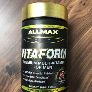 万人におすすめのマルチビタミン!ALLMAX Nutrition Vitaformレビュー