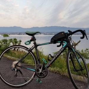 今日は湖東をサイクリング