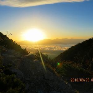 中央アルプスの夜明け