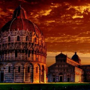 うっとりするほど美しいイタリア街の夜景