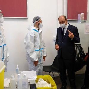 速報【フランス】  新たに5万2千人以上が感染、過去最悪