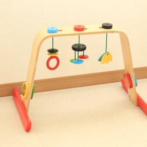 IKEAの木製ベビージムがおすすめ!実際の写真や月齢別の遊び方まで詳しくご紹介