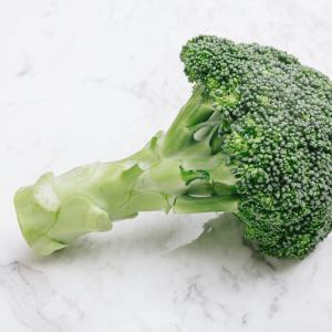 【節約】ブロッコリーの茎食べずに捨てるなら、私にください!てんぷらにしますゆえ