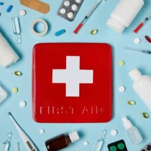 【コロナウイルス】イブプロフェン配合の市販薬が症状を悪化させる【最新】
